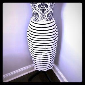 NWT Banana Republic Striped Pencil Skirt